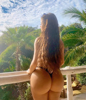 demi-rose-showing-off-her-bigg-booty-202002-1582635727.jpg
